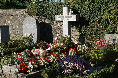 Audrey's modest grave